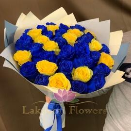 39 роз микс синие с желтыми